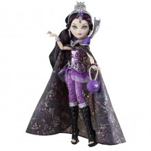 Mattel Ever After High Raven Queen Legacy Day